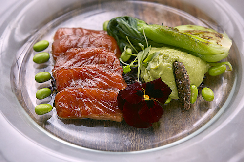 Salmon poke with wasabi guacamole